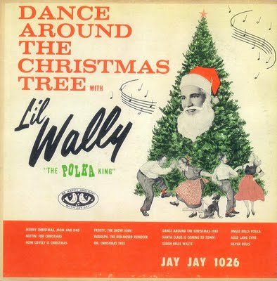 Li'l wally - dance around the christmas tree - A.JPG