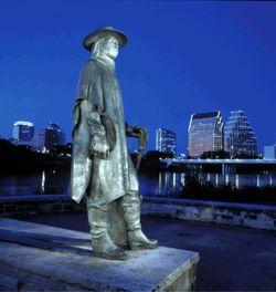 Stevie_statue