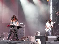 Images-albums-Moon_Duo_-_Moon_Duo_Live_at_Primavera_Sound_May_26th_2011_-_20110627162111667