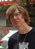 220px-Thurston_Moore_at_the_Brooklyn_Book_Festival
