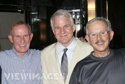 Steve_martin_with_the_brothers_2